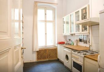Küche 1, rechts